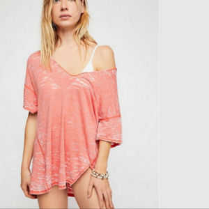 Price firm 🌟 NWT FREE PEOPLE Tee Top Coral